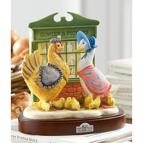 Beatrix Potter Ginger & Pickles Centenary Figurine A9864