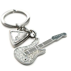 Guitar & Plectrum Keyring