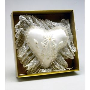 Ivory Rosebud Heart Ring Pillow