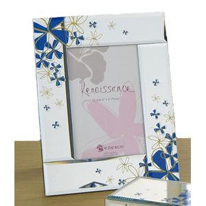 Photo Picture Frame with periwinkle flowers