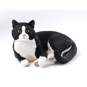 Country Artists Large Cats Figurine - British Short Hair Lying Cat