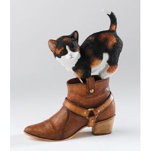 Country Artists, Kitten Heels Chloe Figurine
