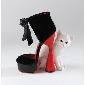 Country Artists, Kitten Heels Matilda Figurine