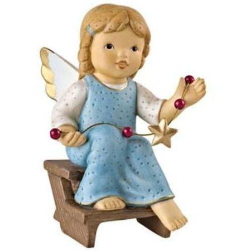 Goebel Nina & Marco Angel Figurine - I Got The Garland