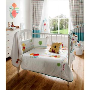 Poohs Sunny Day Babies Cot Bed Quilt