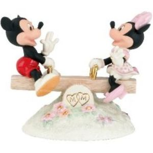 Disney Lenox Mickey Mouse Sees True Love Figurine