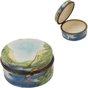 Old Tupton Ware Lakeland design Hinged Trinket Box 4""