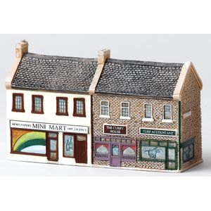 Lilliput Lane N Gauge Shop Terrace