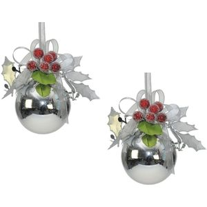 Weiste Christmas Tree Decorations Set of 2 - Silver Bauble with Holly Berries