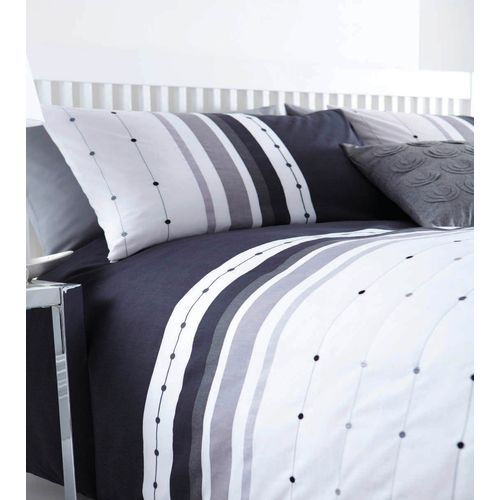 Catherine Lansfield Chicago Single Bed Quilt Cover Set - Black