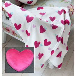 Catherine Lansfield Love Hearts Throw & Heart Cushion Set