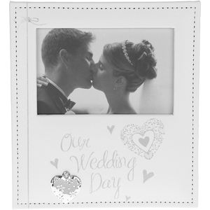 "Modern Hearts Photo Frame 5.5"" x 3.5"" - Our Wedding Day"