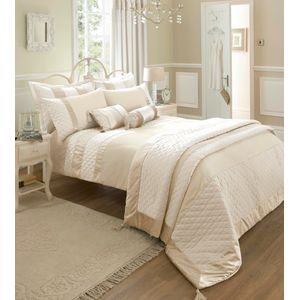 Catherine Lansfield Classique Single Bed Quilt Cover Set - Cream