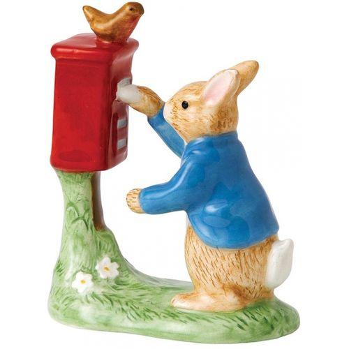 Peter Rabbit posting sa letter classic figurine glased finish