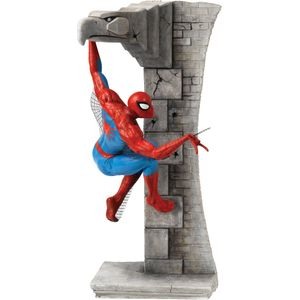 Border Fine Arts Classic Marvel Figurine - Spiderman