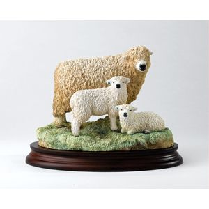 Border Fine Arts Classic Grey faced Dartmoor Ewe & Lamb