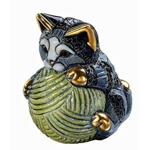 De Rosa Striped Kitten with Yarn Ball Figurine