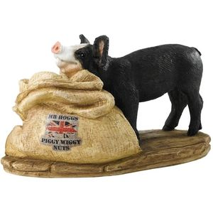 Border Fine Arts Studio Collection Kitchy & Co Mr Hoggs Piggy Wiggy Nuts Figurin