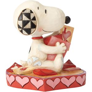 Peanuts - Puppy Love (Snoopy) Figurine