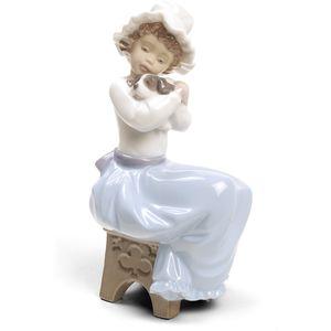 Nao A Big Hug Figurine (Special Edition)