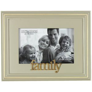 "Wooden Photo Frame 6"" x 4"" - Family"
