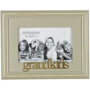 "Wooden Photo Frame 6"" x 4"" - Grandkids"