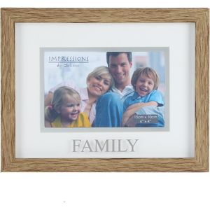 "Natural Wood Effect Photo Frame - 6x4"" Family"