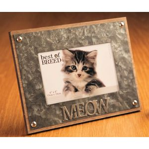 "Photo Frame Metal Lettering 'MEOW' 6"" x 4"""