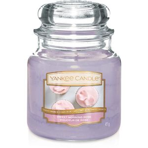 Yankee Candle Medium Jar Sweet Morning Rose