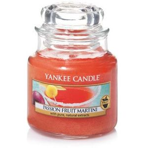 Yankee Candle Small Jar Passion Fruit Martini