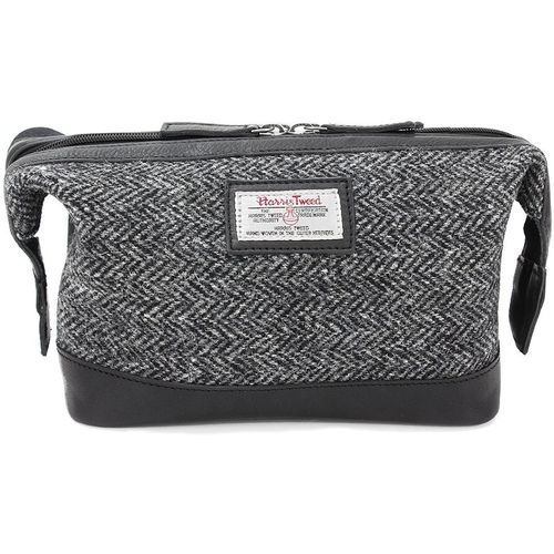 Harris Tweed Wash Bag Leather Trim: Grey Herringbone