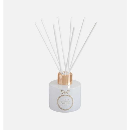 Shearer Candles Christmas Couture Reed Diffuser - Frosted Pear & Pomegranate