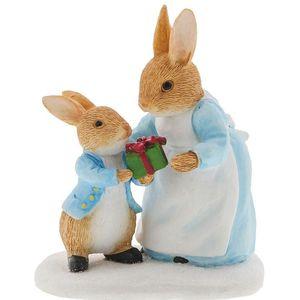 Beatrix Potter Peter Rabbit Figurine - Mrs Rabbit Passing Peter a Present