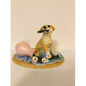 Country Artists Sherratt & Simpson Figurine - Labrador Puppy with Flowers & Vase