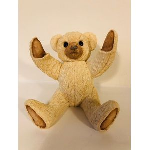 Country Artists Sherratt & Simpson Figurine - Bear with Arms Up