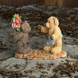 Sherratt & Simpson Bears Figurine - A Special day
