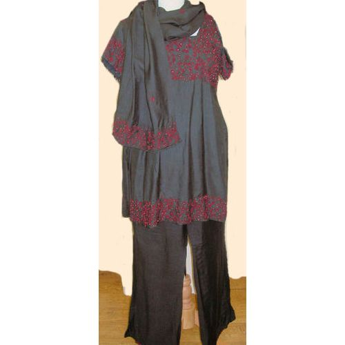 Bollywood Black & Red Lady Ex Hire Sale Costume Size 10