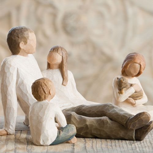 Willow Tree Father with 2 Daughters & a Son Figurine Gift Set 26031 26218 26227