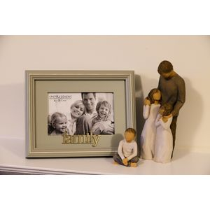 Willow Tree Figurines & Family Photo Frame Set - Father Son & Daughters